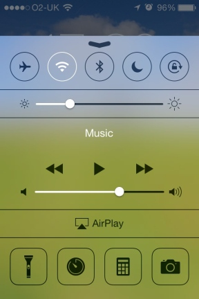 Apple_Control_Center__check_out_the_blurring_and_icons.JPG